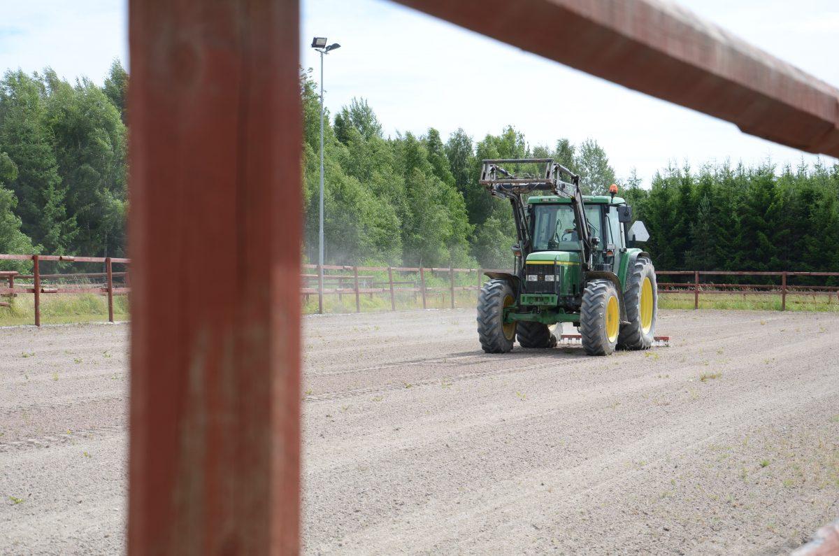 Sjonnebol_Traktor-e1478781724602