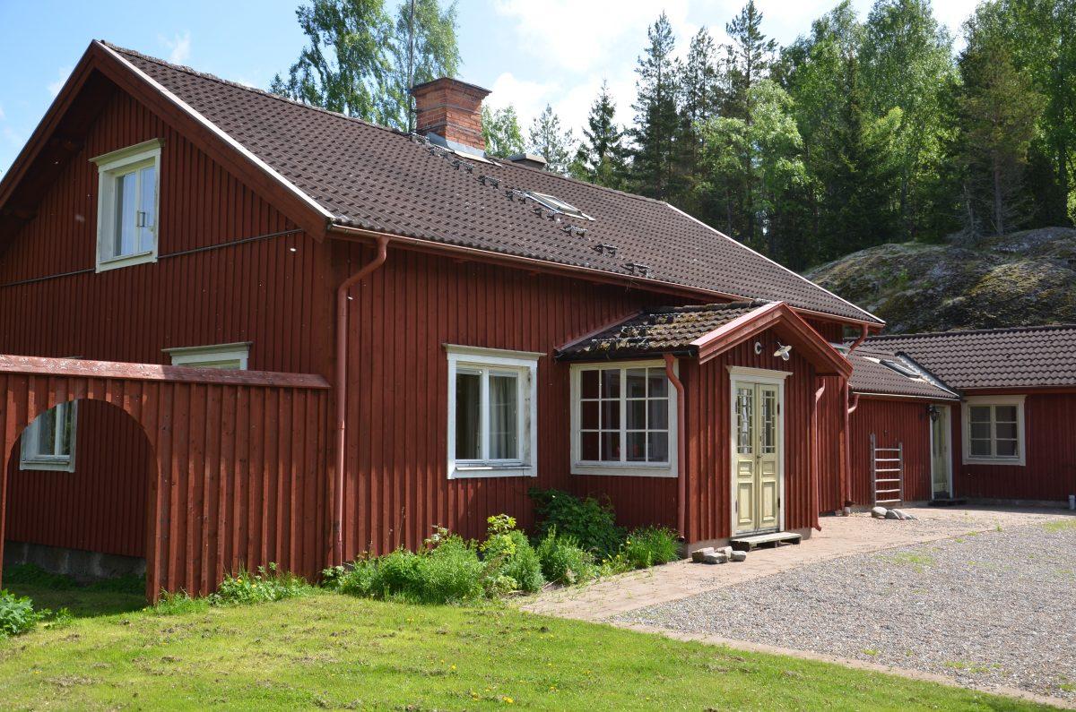 StoraAxmora_Mangardsbyggnad_Framsida-e1478781827141